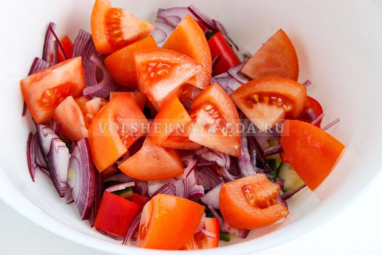 grecheskij salat s avokado 4