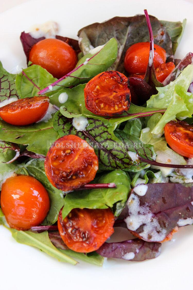 salat s obgarennymi pomidorami 8