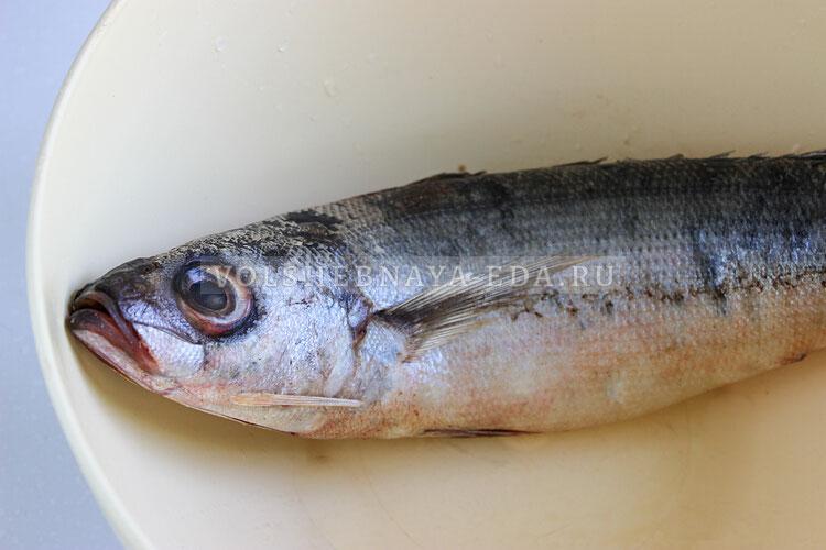 garenaja ryba s lukom 1