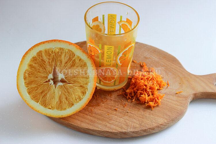 apelsinovy keks s cukatami 1