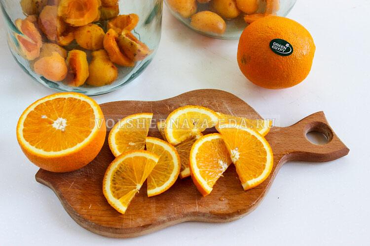 kompot is abricosov i apelsinov 3