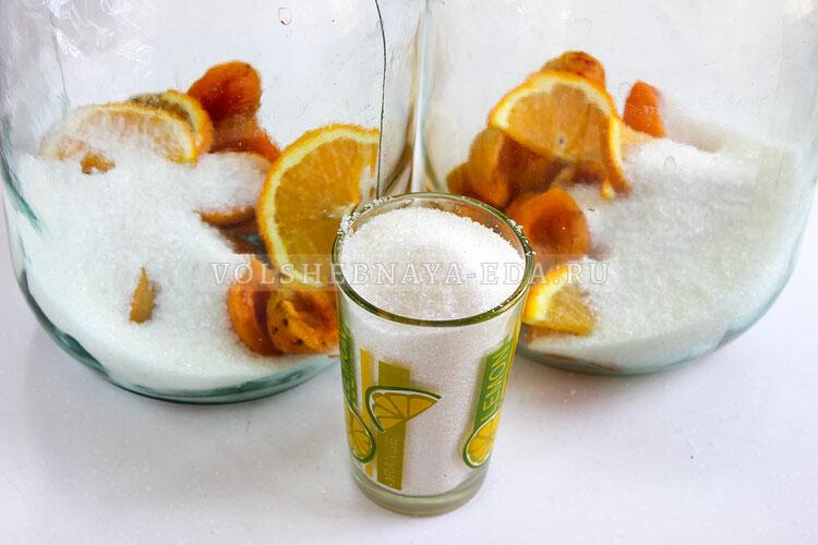 kompot is abricosov i apelsinov 4
