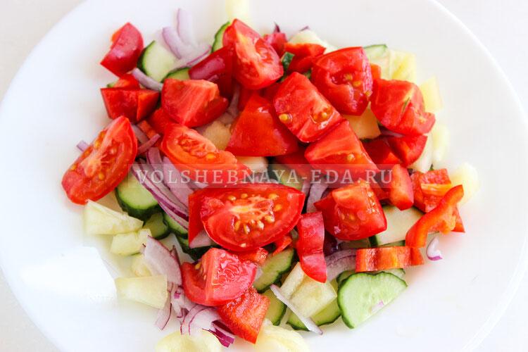 salat is ovoschej s tvorognymi sharikami 4