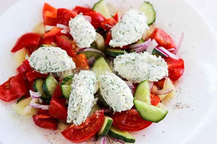 salat is ovoschej s tvorognymi sharikami 7