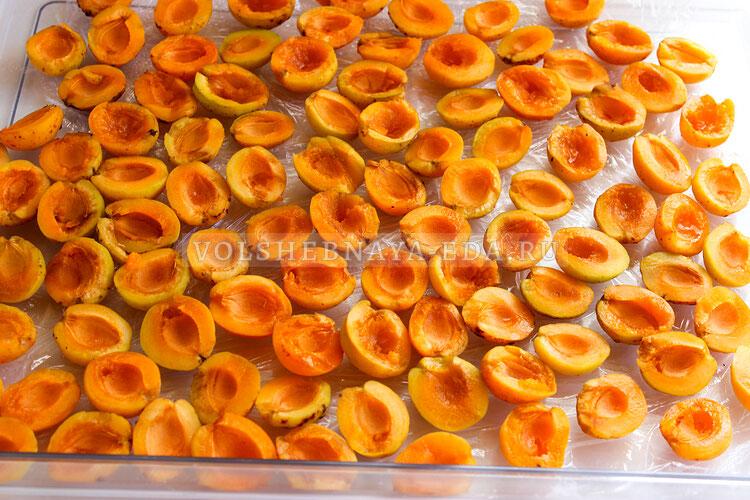 kak zamorozit abrikosy 1