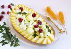 Фруктовый салат с дыней и грушей