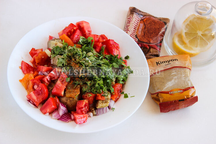 salat is zapechennyh baklaganov 6