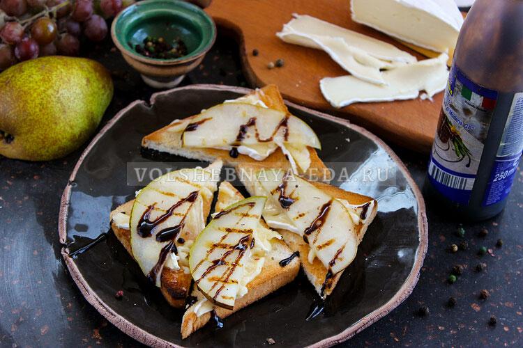 tosty s syrom bri i grushej 7