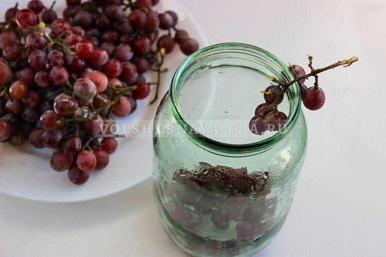 kompot is vinograda 2