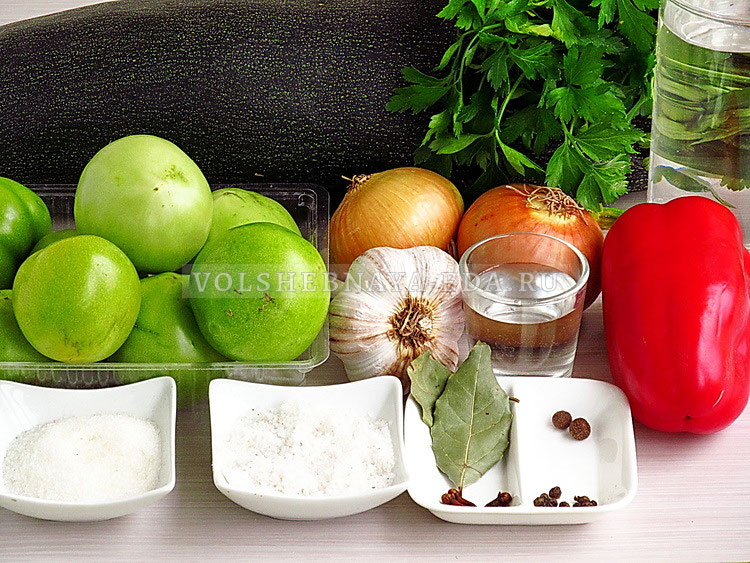 salat iz zelyonyh pomidorov s kabachkami 1