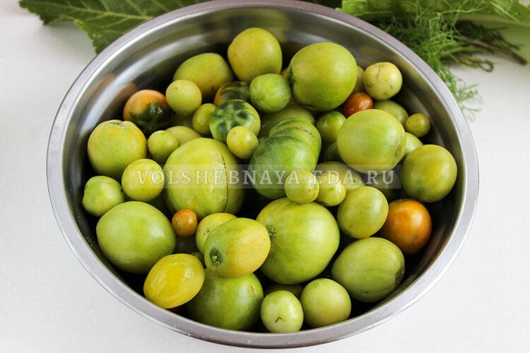 solenije zelenyh i buryh tomatov 2