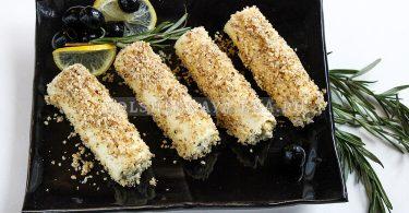Сырные трубочки с чесноком и орехами