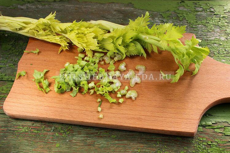 salat s seldereem i yablokom 1
