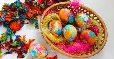 Как покрасить яйца салфетками