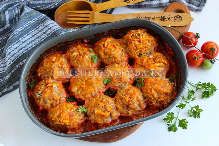 Ленивые голубцы в томатном соусе в духовке
