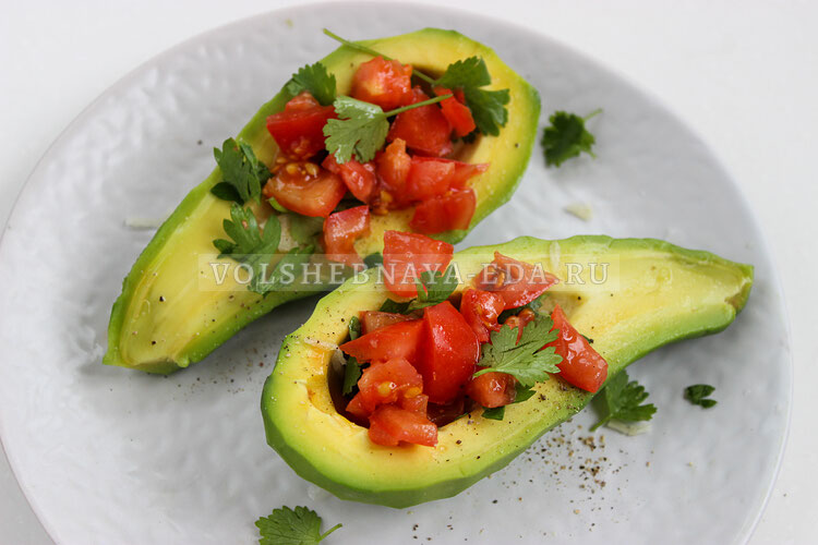 avokado s pomidorami 4