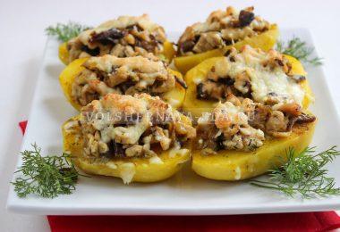 Картофельные «лодочки» с курицей и грибами
